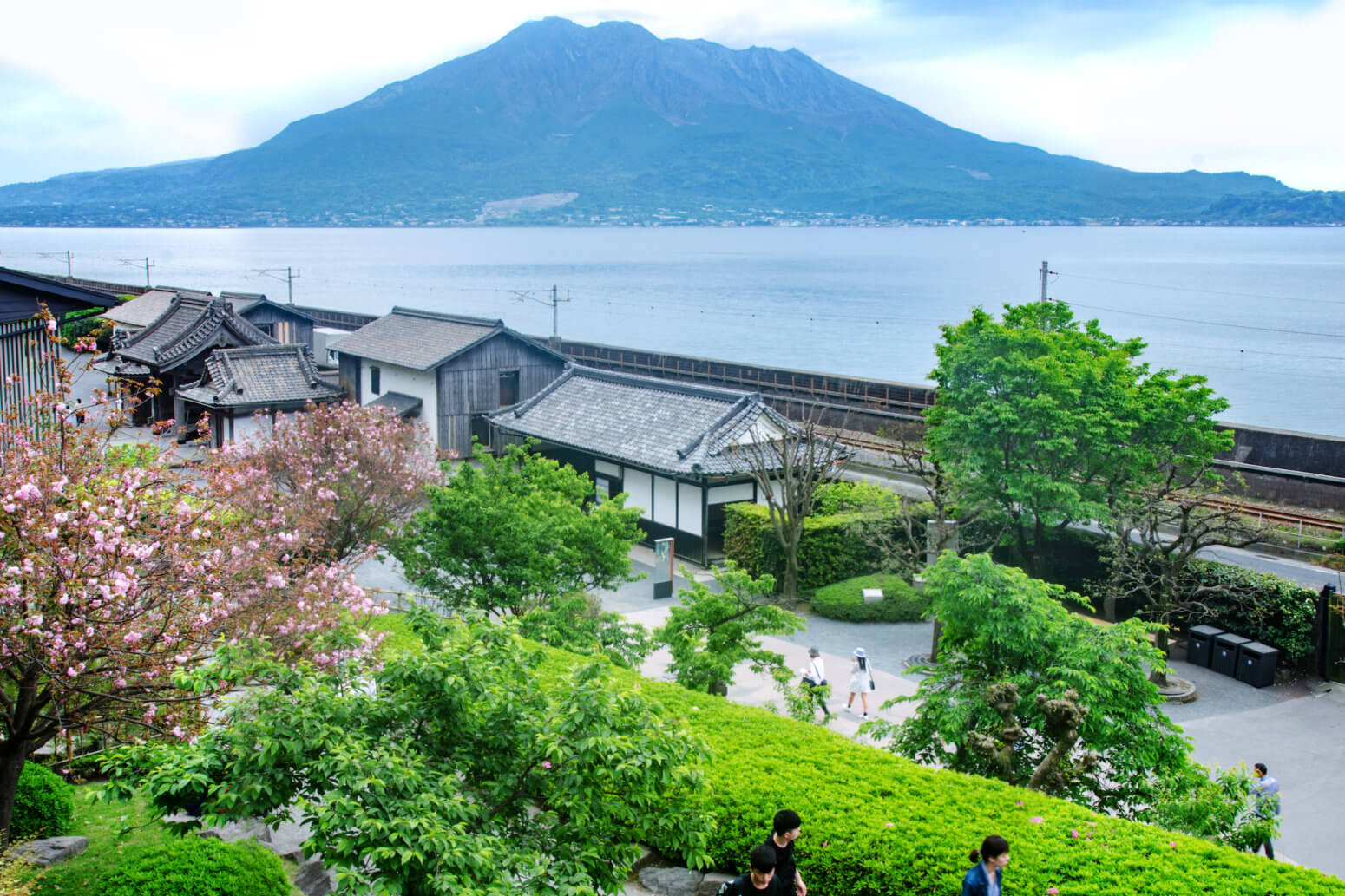 Sengan-en and Shoko Shuseikan Museum